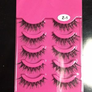 100% new mink false eyelashes. Glue not included.
